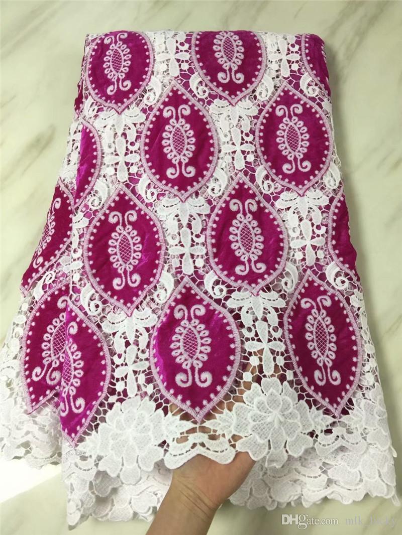 Африканская ткань шнурка Высокомарочная нигерийская белая ткань шнурка с шнурком гипюра бархата для платья венчания