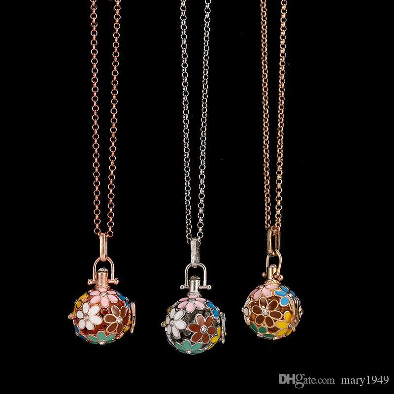 Diffusor Medaillon Halskette Ätherisches Öl Diffusor Halsketten Blume Aromatherapie Diffusor Halskette Modeschmuck Geschenk 3 Farben