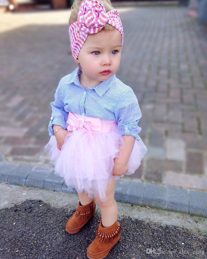 2018 Primavera New Baby Girls Fashon Set Roupas Crianças Manga Longa Listrada Camisas Top + Rosa Bowknot Tutu Saias Outfits Crianças Tracksuit