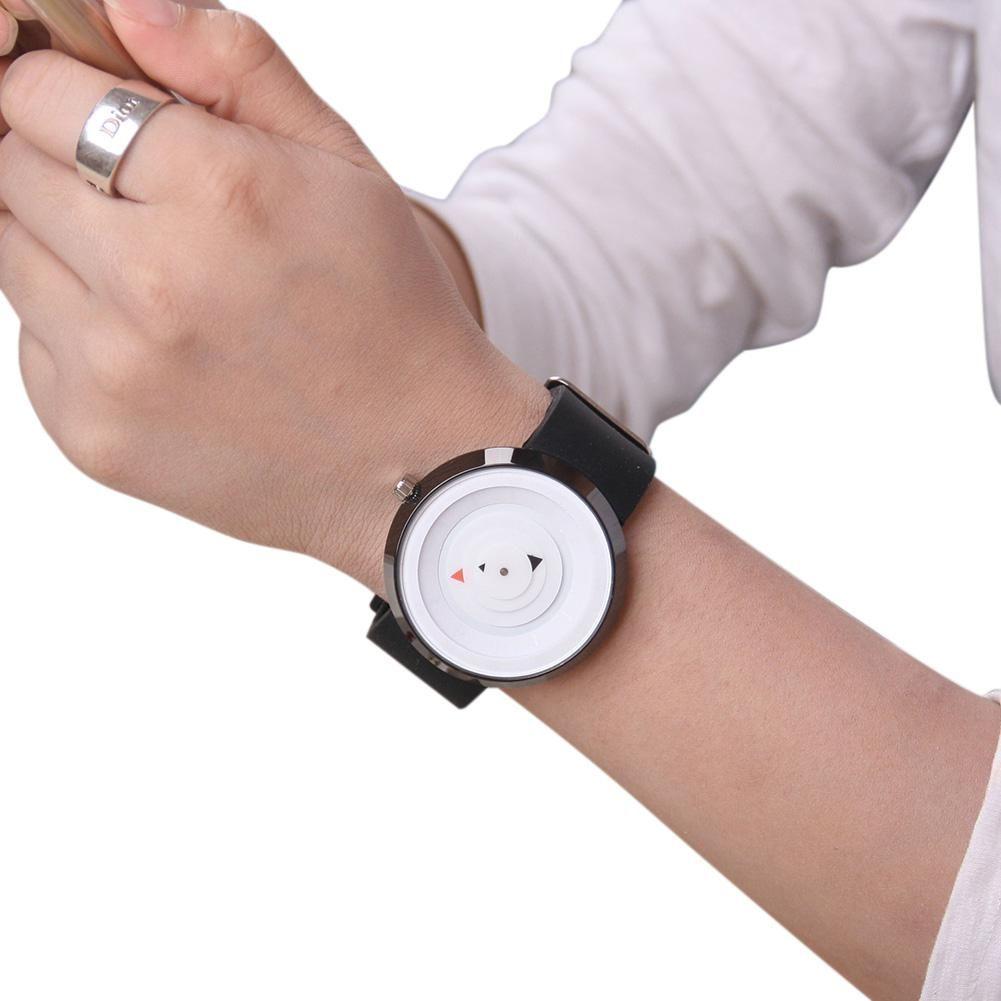 efdb0a8bc59e Compre Lintimes Fashion Simple Reloj De Pulsera De Cuarzo De Silicona  Unisex Con Punteros Triangulares A  10.41 Del Hilaryw