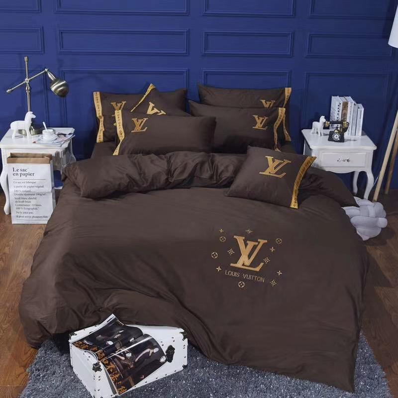 Brown Letter Embroidery Bed Cover Suit L Letter Brand Spring And Autumn Bedding Flower Design Gold Thread Bedding Sets