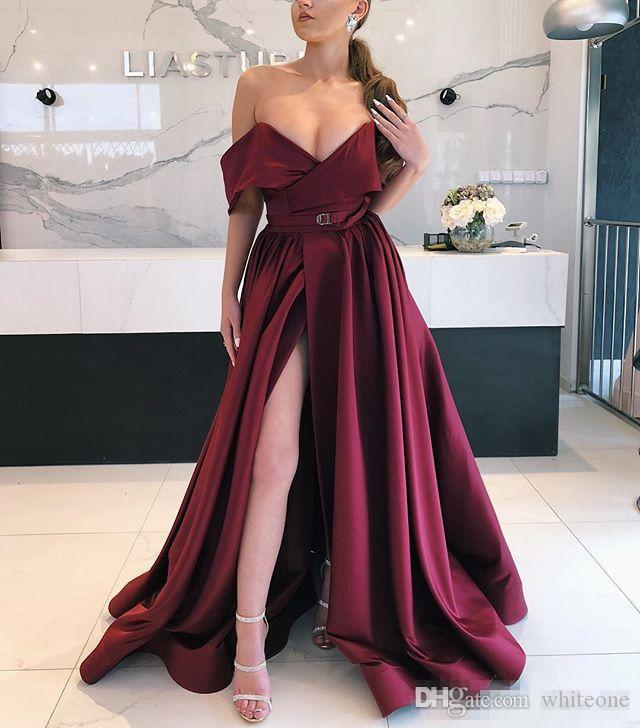 Sexy Off Shoulder Prom Dress Front Split Satin Cocktail Party Gowns Pleats Sweep Train Cheap Evening Dress Zipper Back Women Vestidos