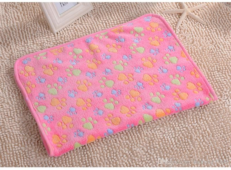 2018 Fashionable Warm Paw Print Small Pet Blankets Coralline Dog Cat Blanket Kennel Pad Practical Animal Supplies 2 5xw3 X