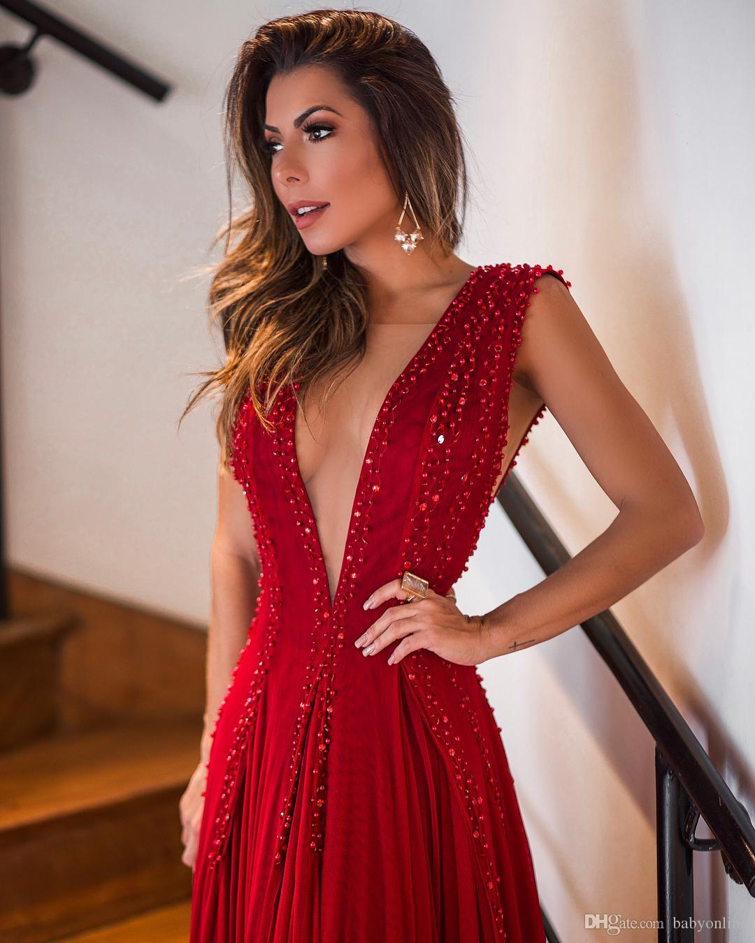 Red 2018 Evening Dresses Sexy Plunging V Neck Pleats Sequins Beads Fitted Long Formal Vestidos de festa Party Prom Gowns Celebrity Wears