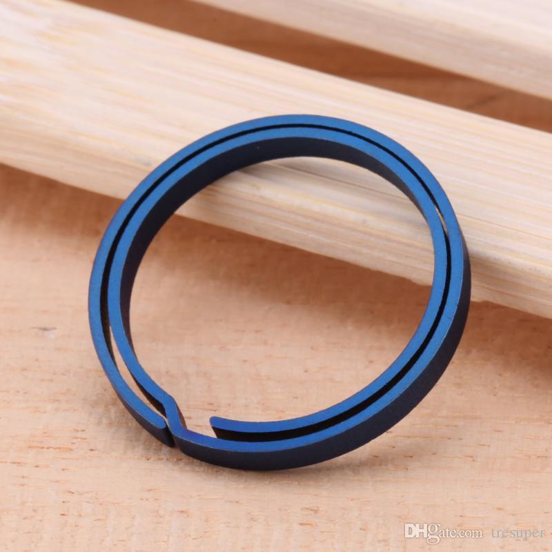 1 Adet Mavi Titanyum EDC Anahtarlık Saf Anahtarlık Bölünmüş Asılı Toka Anahtarlık Tornavida EDC Set Açık Taşınabilir Mini Cep aracı