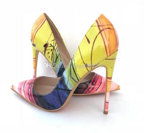 Compre Nuevo 2019 Moda Mujer Hechizo Color Zapatos De Tacón Alto Dedos En  Punta Zapatos Rojos Inferiores De Las Mujeres Sexy Ladies Pumps Zapatos De  Fiesta ... f87c83fef3a