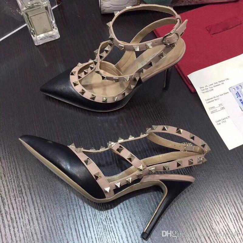 Rebites BombasDesenho De Marca Rebites De Metal Sapatos De Salto De Couro T-Strap Bombas Mulheres Sandálias De Salto Alto Senhoras Rebites Sapatos
