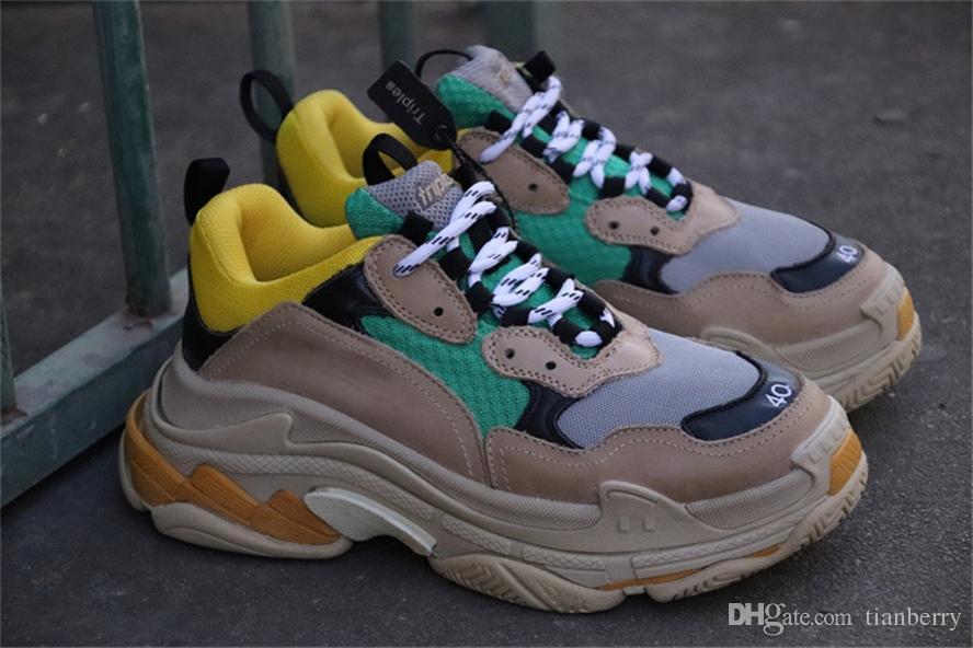 Acheter Authentique 2l9balenciaga Nouveau Triple S Beige Vert Jaune Casual  Chaussures Sneaker Haute Qualité Couleurs Mélangées Talon Épais Grandpa  Formateur ... d5571aafd4f
