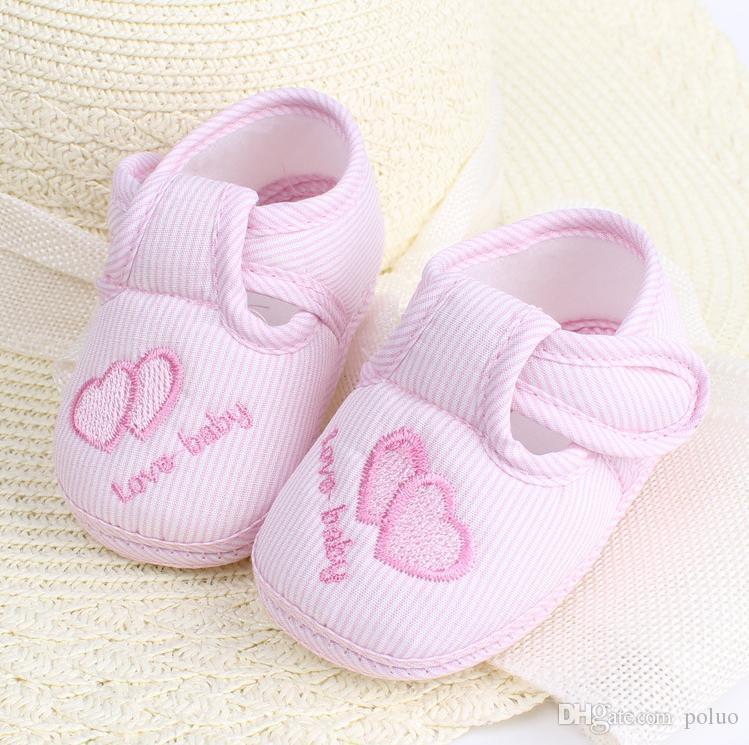 Acquista Scarpe Neonati In Cotone Solido New Born Baby Girl Shoes Toddler  First Walkers 0 18 Mesi Mocassini Sneaker Culla A  22.95 Dal Poluo  45d93e46170