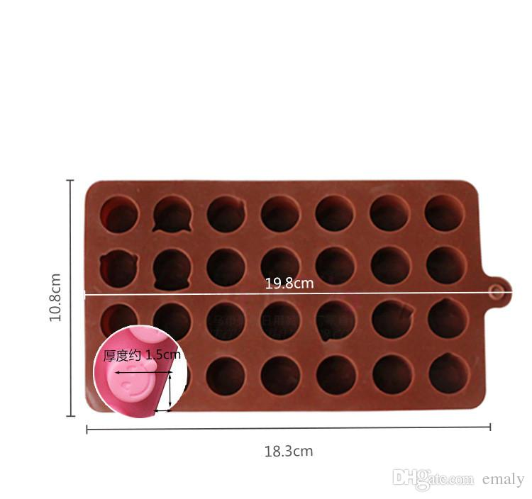 The new silicone Chocolate Mold 28 even QQ expression personality ice model cartoon cute DIY silicone mold