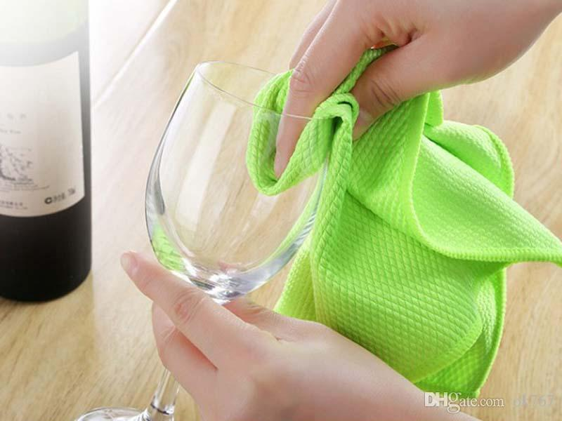 New Arrival 30*40cm Magic Ice Towel Multifunction Cooling Summer Cold Sports Towels Cool Scarf Ice Belt For Kids Adults