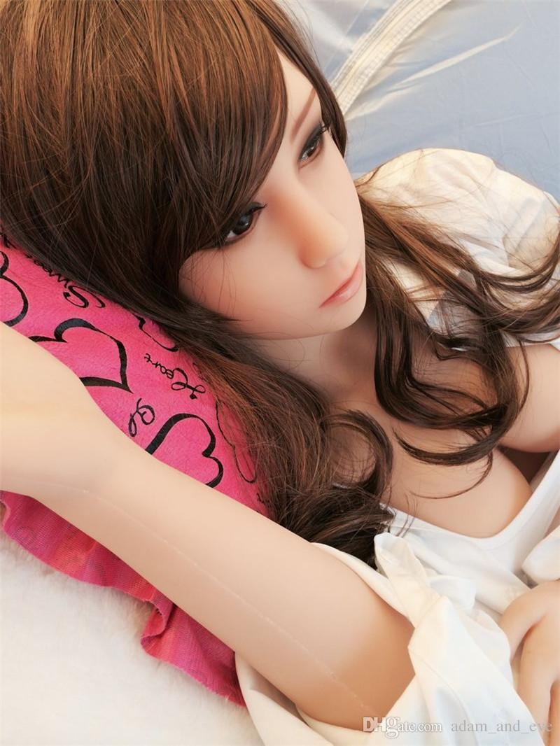 Plein Silicone Sex Doll pour Hommes Masturbateur Japonais Love Doll Métal Squelette Réel Pussy Vagin Sex Toys