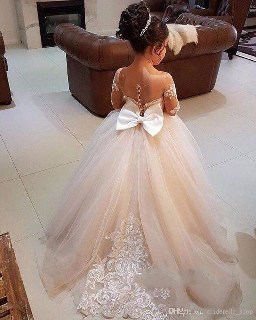 2020 robe de bal Fleur Robes manches longues balayage train Illusion Corsage Birthday Party Applique filles Pageant Robes avec nœud sur mesure