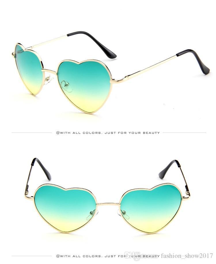 Kalp Şeklinde Güneş Kadınlar Pembe Çerçeve Metal Yansıtıcı Ayna Lens Moda Lüks Güneş Gözlükleri Marka Tasarımcısı Bayanlar Için