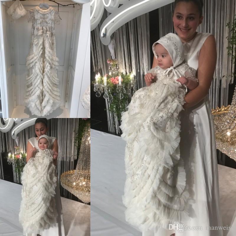 Compre Lujo Crystal 2019 Vestidos De Bautizo Para Niñas Baby Beads Apliques  Con Gradas Volantes Vestidos De Bautismo Con Vestido De Primera Comunión  Bonnet ... a274adf3be66