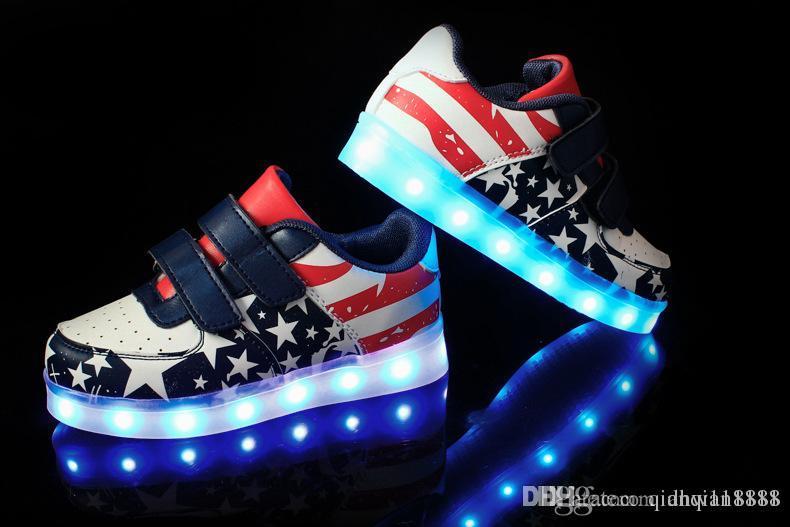 005223aa Compre NUEVOS Zapatos De Luz LED Para Niños De Estilo USB Para Niños Club  Nocturno De Baile Para Niños Y Niñas Zapatillas De Deporte De Moda Zapatos  ...