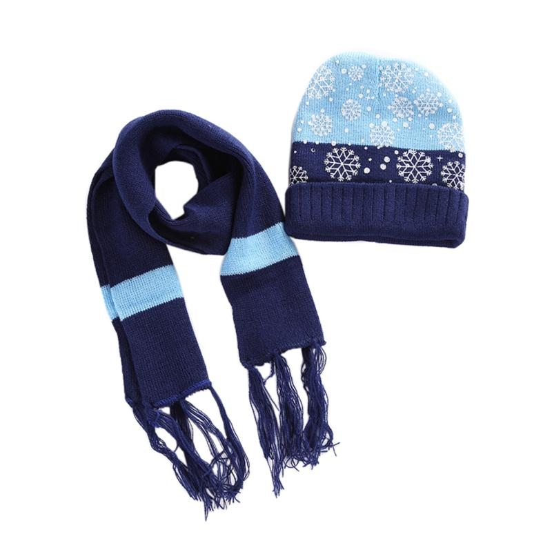 d1f46aac91fd2 2019 Two Piece Set Christmas Snowflake Children Hat And Scarf Warm Autumn  Winter Boys Girls Baby Hat Set Gloves Sitka Scarfs! From Litchiguo