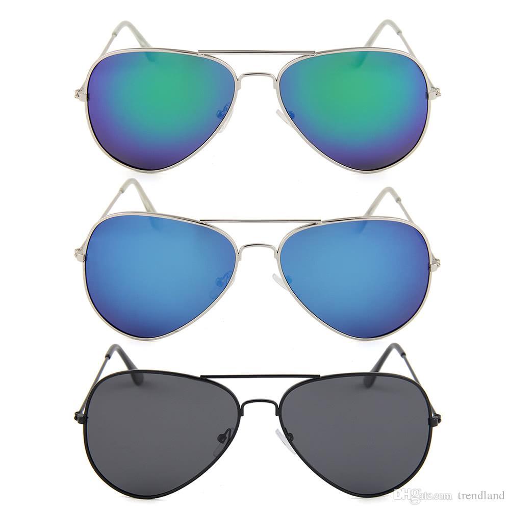2cc1a1aeb0c75 Compre Moda Con Estilo Gafas De Sol De Aviador Marco De Metal Polarizado  Película De Color Uv400 Lente De Los Hombres Sunglasseeyewear Cámara  Grabadora ...