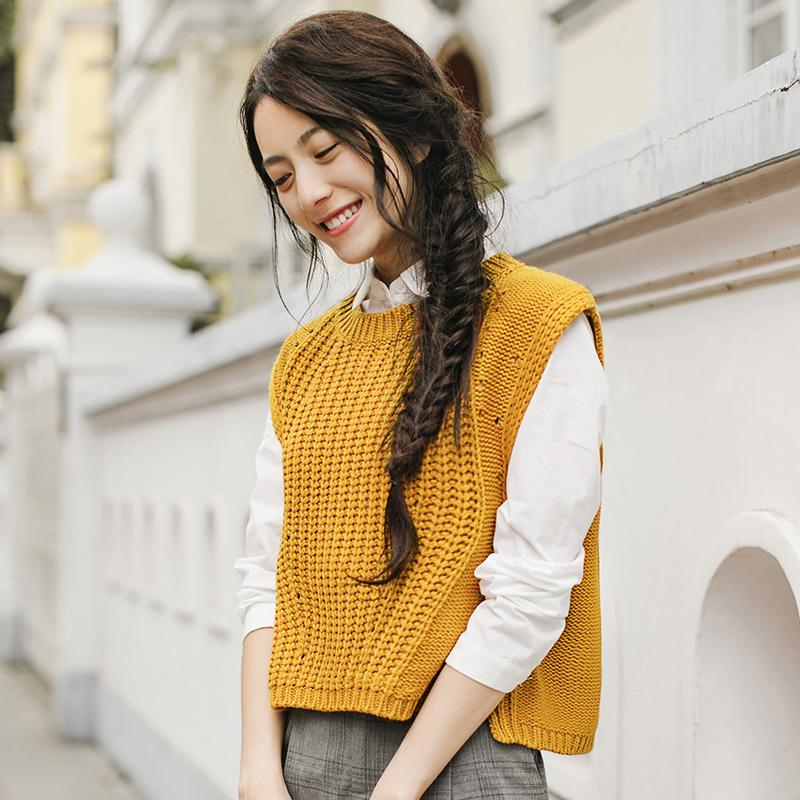 INMAN 2018 New Products Women Spring Clothes Round Neck Yellow Pullovers Womens Sweaters Vest
