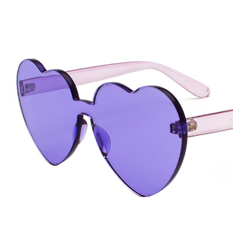 Compre Senhoras Colorido Vintage Sem Aro Óculos De Sol Para As Mulheres  Shades New Trendy Amor Coração Rosa Óculos De Sol UV400 Em Forma De Coração  Óculos ... 00370bf780
