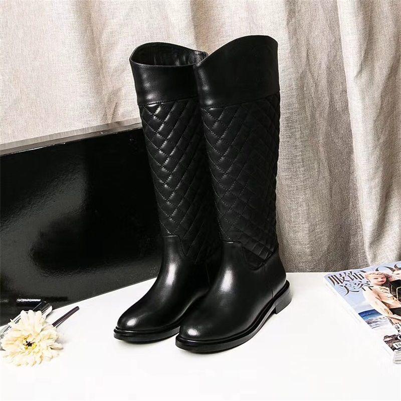 Compre Cheio De Couro Das Mulheres Designer De Moda De Alta Qualidade Preto  Na Altura Do Joelho Botas De Marca De Luxo Sapatos Femininos 16 Inche Botas  ... 0b838c6c2b3