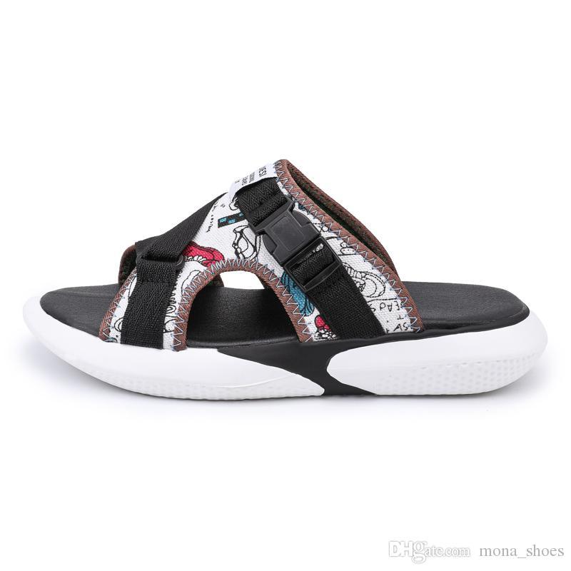 10716c74bfd3 Compre Novo 2018 Estilo Verão Sapatos Homem Sandálias De Cortiça Sandália  De Boa Qualidade Zapatos Mujer Chinelos Casuais Flip Flop De Mona shoes