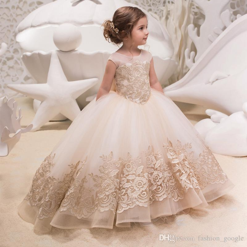 625cb5cf82019 Princess Flower Girls Dresses 2018 with Bow Gold Lace Appliques Ballgown  First Communion Dress for Little Girls Sweep Train Birthday Party