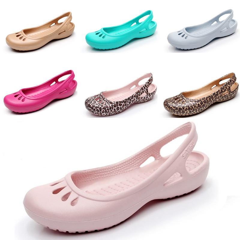 f0464f5baa Compre 2018 Moda Feminina Sapatos Tamanco Sandálias Doce Bonito Geléia  Sapatos Mulheres Sandálias Casuais Jardim Senhora Praia Plástico W5 9 De  Annawawa