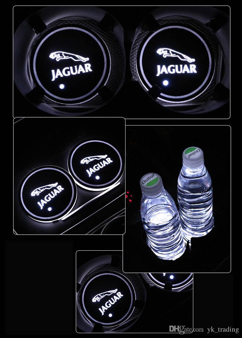 / SE Jaguar XF XFL XFR XJ XK XJ6 S F TIPO distintivo dell'automobile ha condotto Acqua Brillante tazza del rilievo Groove Mat luminoso Coasters Atmosfera Luce