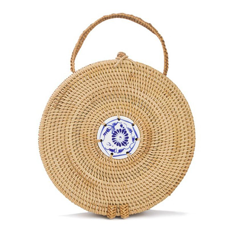 50927ac2f Compre DCOS Mini Circle Rattan Grass Bags Handmade High Quality Beach Bolsos  Para Mujeres Summer Travel Rattan Tote Knitted Hand Bag A $42.22 Del ...