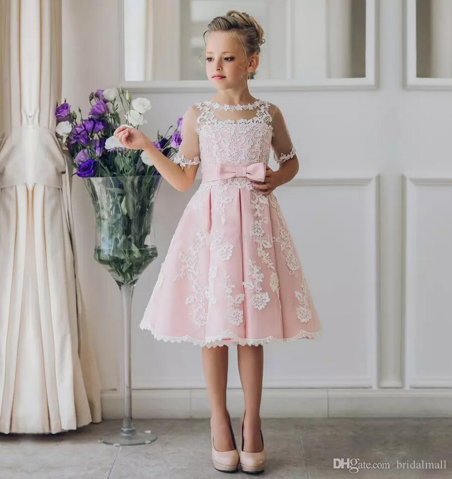Extravagante rosa Blumen-Mädchen-Kleid mit Applikationen Halbarm knielangen A-Linie Kleid mit Band Bögen für Weihnachten Festzug Kleider 0-12 Jahre alt