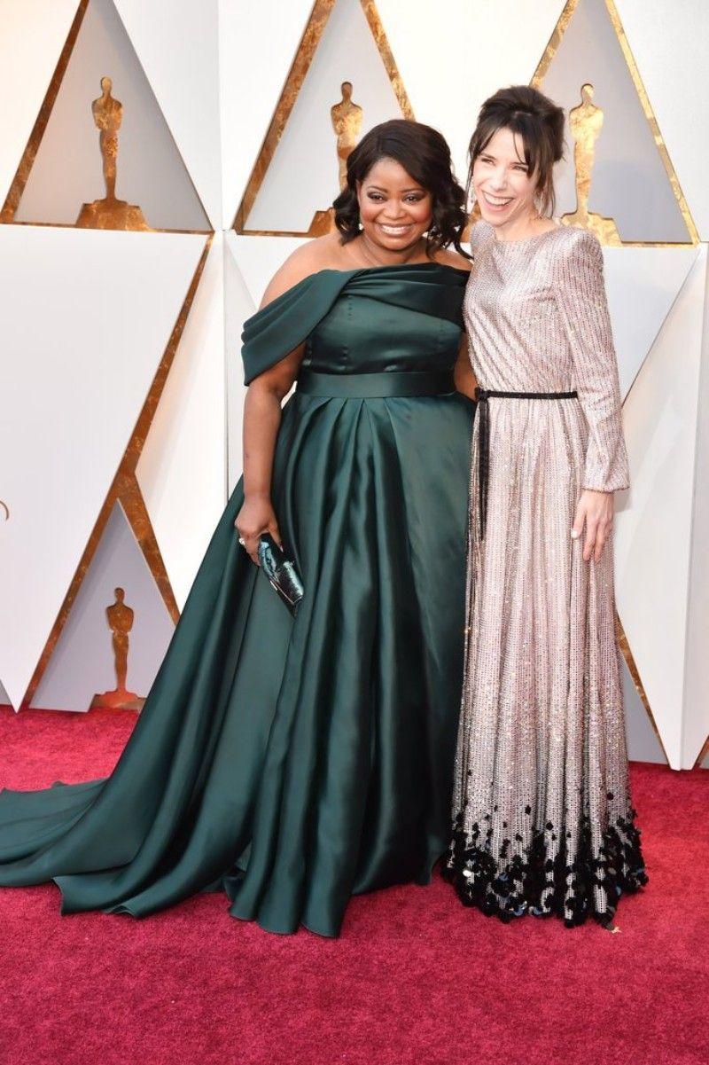 Compre Vestido De Graduación Verde Oscuro Oscar 2018 Más El Tamaño De Los Vestidos De Noche Del Hombro Vestidos De Alfombra Roja Nueva Llegada A