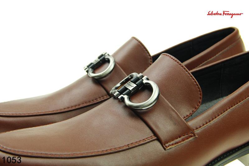 163bf8c3231 Compre SF Cuero Genuino Hebilla De Lujo Mocasines Animal Serpiente Bordado  Zapatillas De Conducción Zapato Conductor GANCINI BIT DRIVER MOCCASIN A   85.43 ...