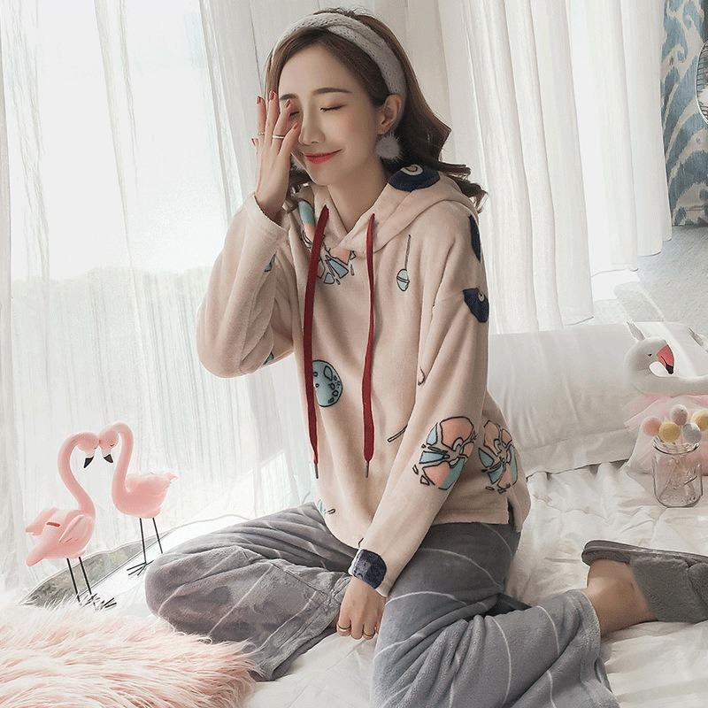 2615ac82c9 JINUO New Arrival Casual Wind Women Winter Flannel Pajama Sets Ladies  Thicken Hooded Soft Casual Home Wear Sleepwear UK 2019 From Walkerstreet