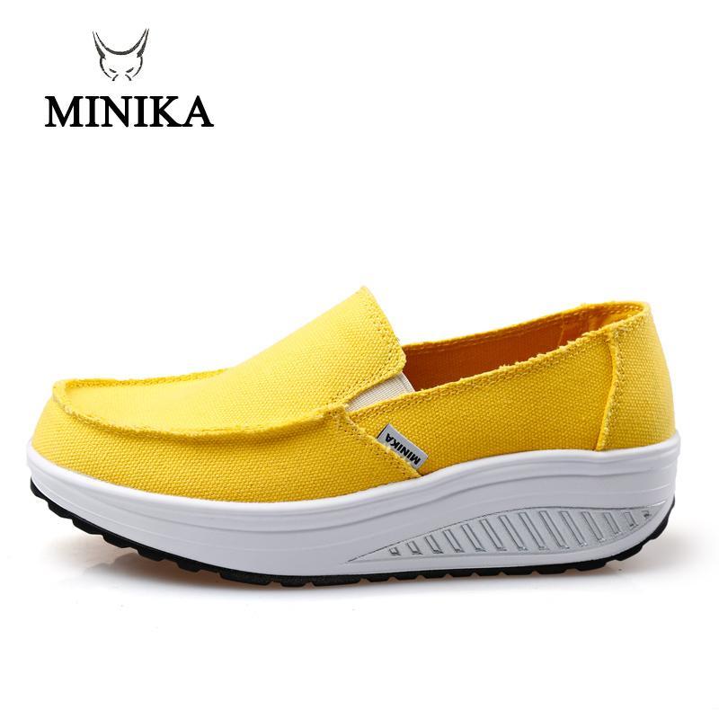Acheter 2019 Minika Nouvel Été Chaussures Pour Femmes Jaune Bleu Sport  Chaussures De Marche Appartements Hauteur Augmenter Femmes Plate Forme  Toile ... e1e01689b0c