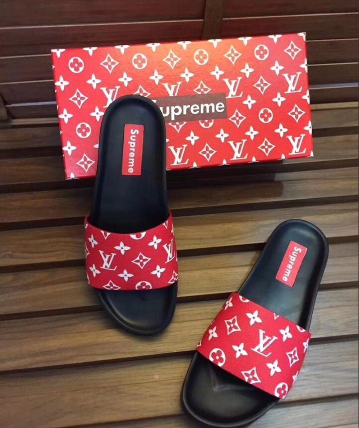 2136688434469 2017 Hot Brand Men Beach Slide Sandals Medusa Scuffs Slippers Mens Black  White Red Beach Fashion Slip On Designer Sandals BEST QUALITY Womens  Trainers Kids ...