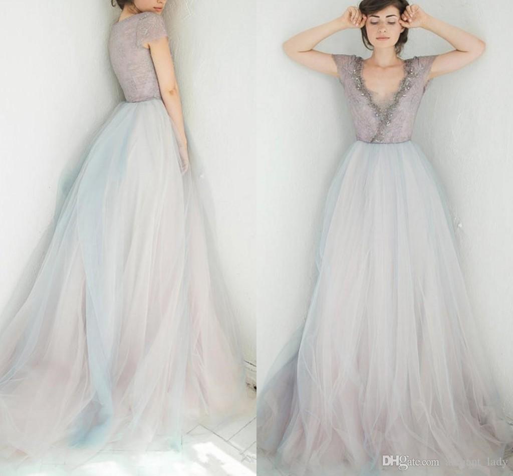 Acquista Abito Da Sposa Vintage Viola Blu Con Maniche Bling Con Perline  Sexy Scollatura Abiti Da Sposa 2018 Abiti Da Sposa Bicolore Dal Design  Colorato A ... 93f8ab57084