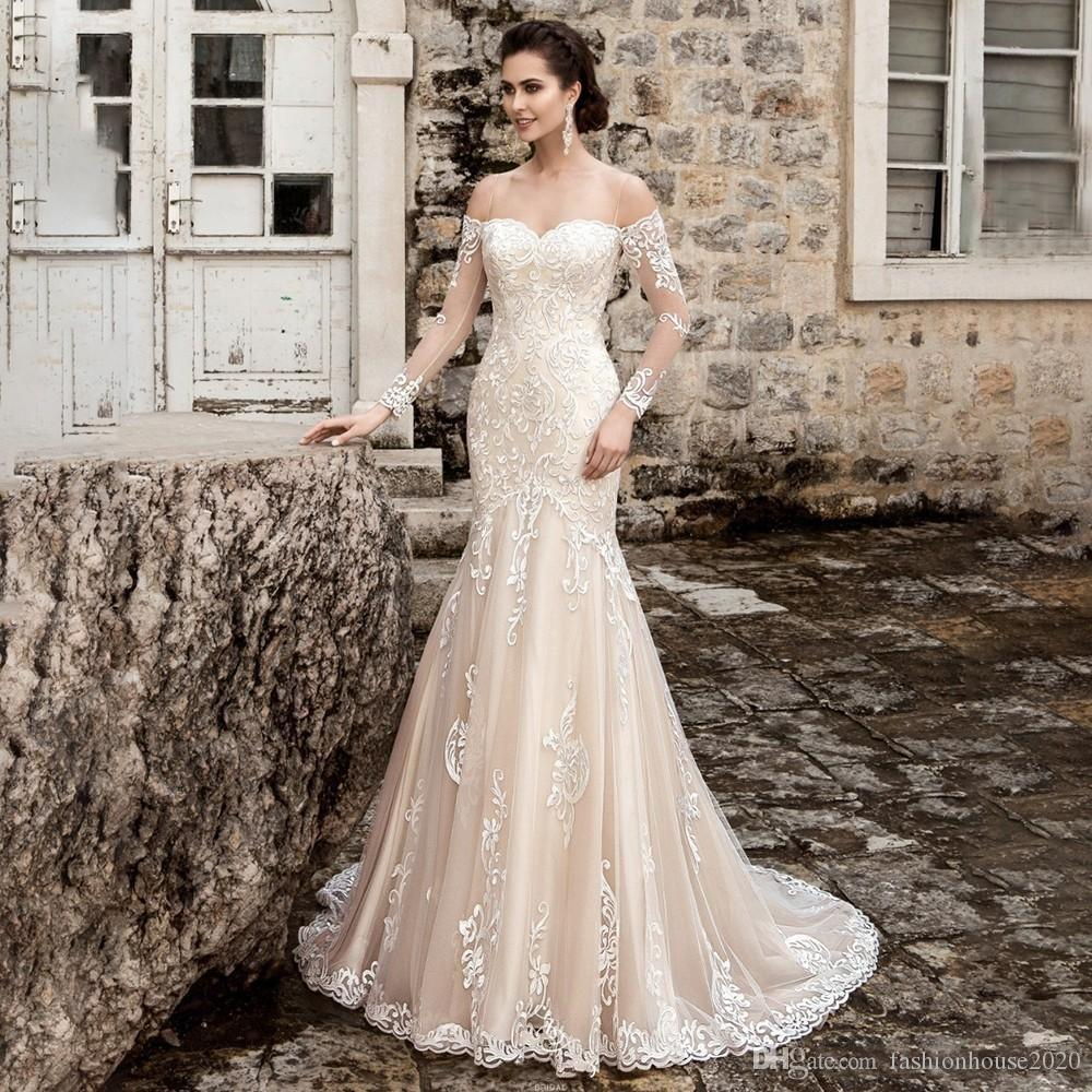 2018 Long Sleeves Mermaid Wedding Dresses Off Shoulder Lace Applique Sheer Open Back Court Train Strapless Custom Arabic Formal Bridal Gowns
