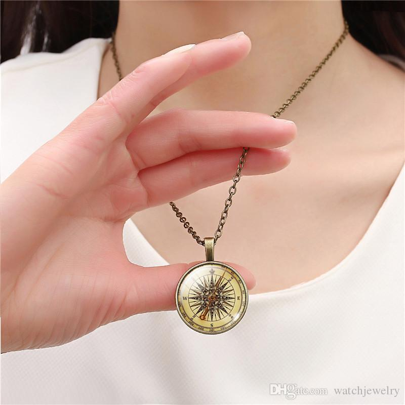 Vintage Jewelry Sliver Bronze Plated Compass Necklace Glass Cabochon Necklace Pendant For Couples And Lovers Gift