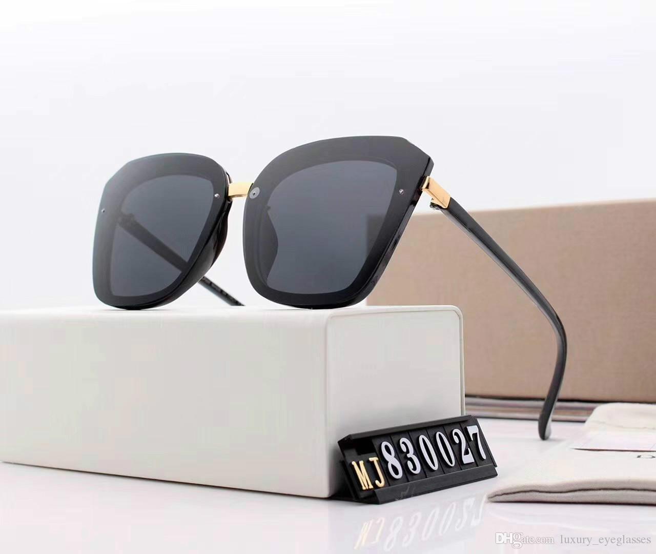 96e60dc1f Compre Óculos De Sol Das Mulheres Designer De Marca Big Frame Quadrado  Óculos De Sol Do Vintage De Grandes Dimensões Óculos De Sol De Viagem  Senhoras Shades ...
