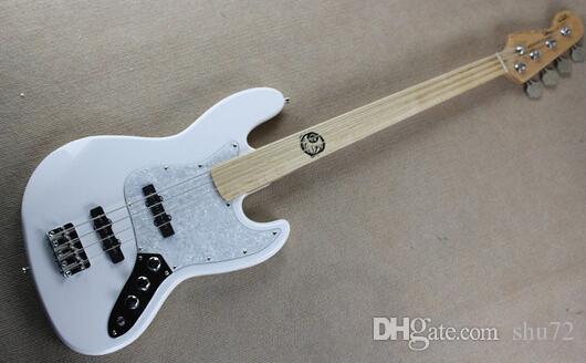 Gitarrenfabrik neuer kundenspezifischer fretless Ahorn Fretboard Jazz 4 Zeichenketten weiße Bassgitarre reversed Spindelstock freies Verschiffen 1 2
