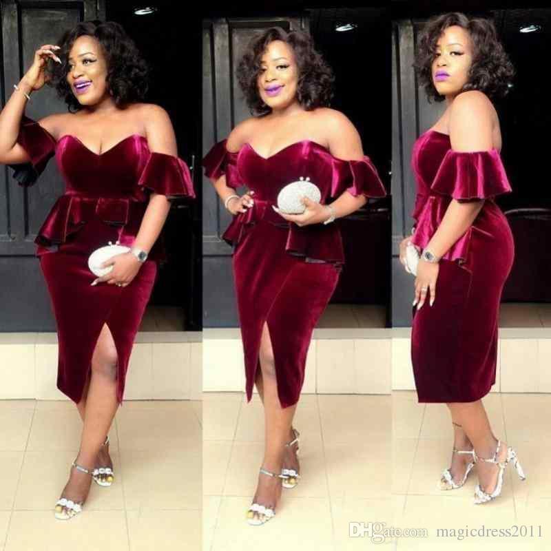 Sud Africa 2019 New Borgogna velluto Sweetheart Side Split brevi abiti da ballo Off spalla Zipper Back Tea Length Cocktail Party Dresses