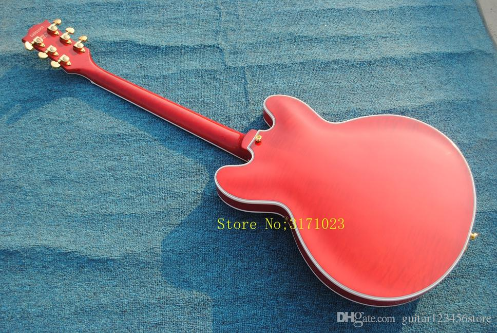 Chegada nova Top Quality Custom Loja Tiger Flame Maple Modelo 335 com Tremolo Red Jazz Guitarra Elétrica Semi Corpo Oco Frete Grátis