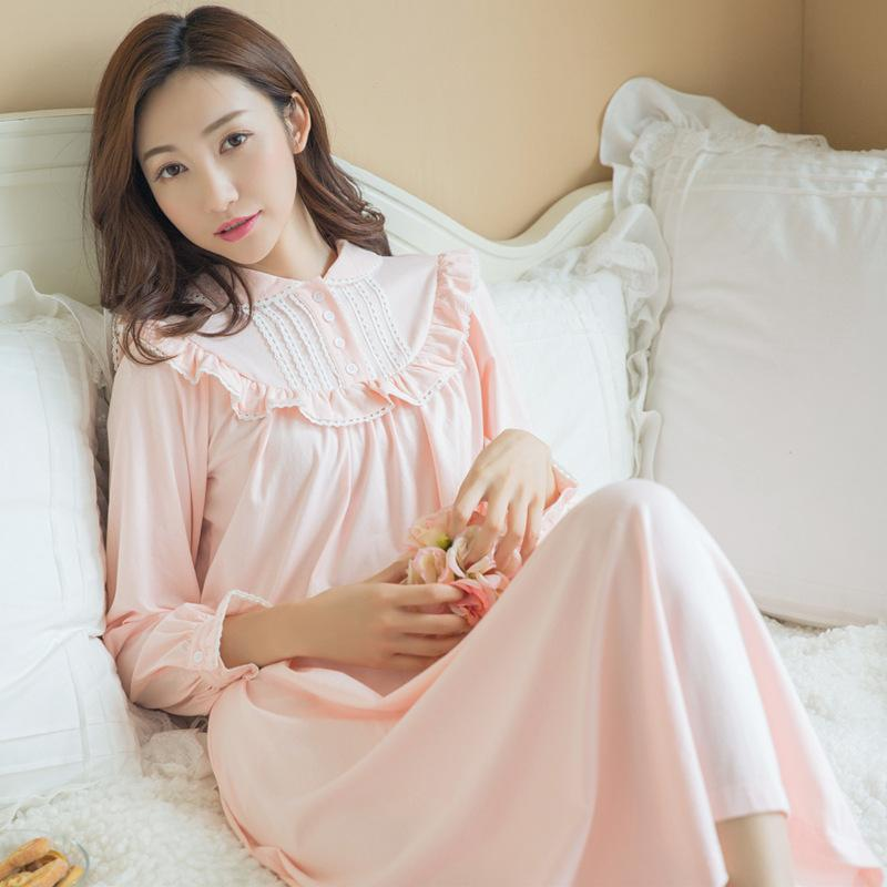 de094a66f2 2019 2017 Autumn Vintage Nightgowns Pregnant Women Dresses Princess Pink  Sleepwear Solid Lace Home Dress Comfortable Nightdress CC446 From Humom, ...