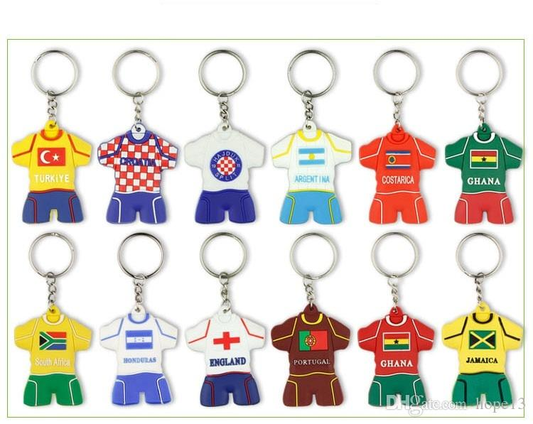 200pcs DHL Custom Cartoon PVC keychain for 2018 World Cup Football jersey  shape key chains Rubber cute keychains gift Fans souvenirs