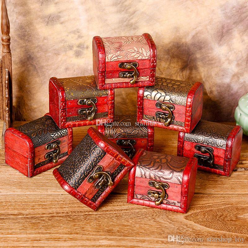 160440b76dfc Compre Mini Cajas De Almacenamiento Vintage Joyero Organizador Caja De  Almacenamiento Patrón De Flores Contenedor De Metal Cajas Pequeñas Hechas A  Mano WX9 ...