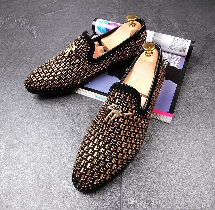 5d155eb701 Compre Sapatos De Casamento Man Ponto Toe Vestido Sapato Homens Apontou Toe  Vestido Sapatos De Grife Mens Vestido Sapatos Set Trado Flats Escritório  Para O ...