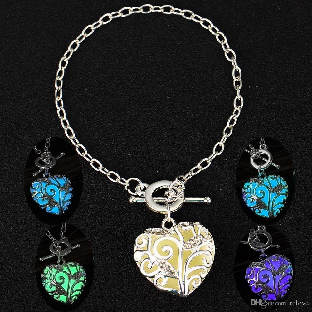 Luminous Heart Love Pendant Bracelets Fluorescent Hollow Life Tree Bangles Bracelet Glow In The Dark For Women Night Light biker