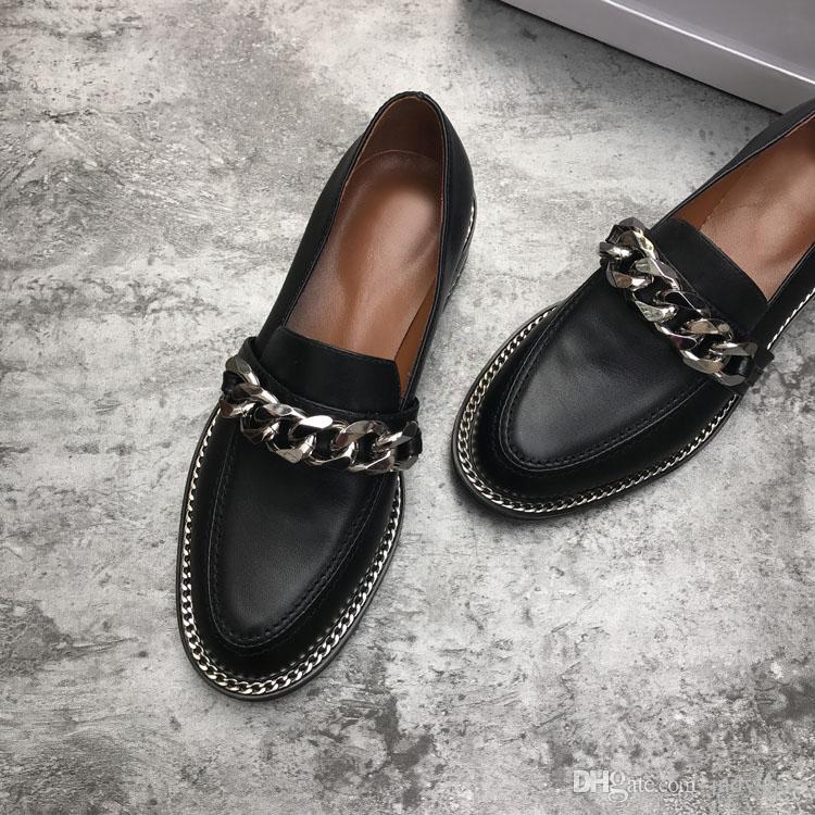 Printemps véritable cuir casual chaussures femmes chaîne en métal décor talon plat bout rond mocassins concis chaussures femmes chaussure femme