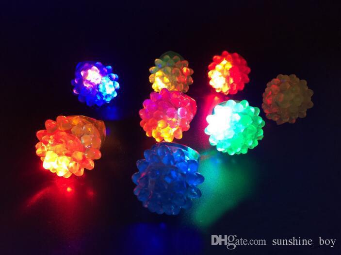 Clignotant Anneau à Bulles Rave Party Clignotant Douce Gelée Glow Fraise luminescent anneau Cool Led Light Up Event Party Fournitures Partie Favor